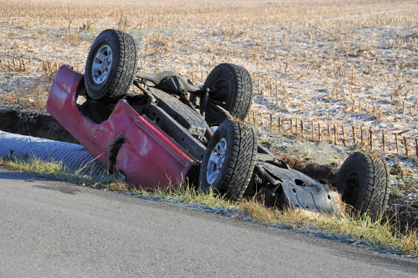 Morning wreck on Blue River Road   The Salem Leader